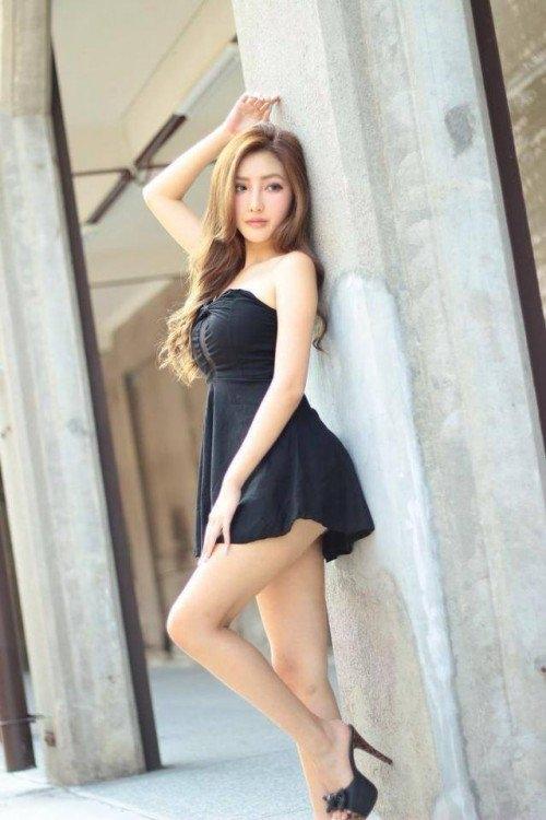 32E 平面模特兒 [趙芸] 外拍大尺度清涼照