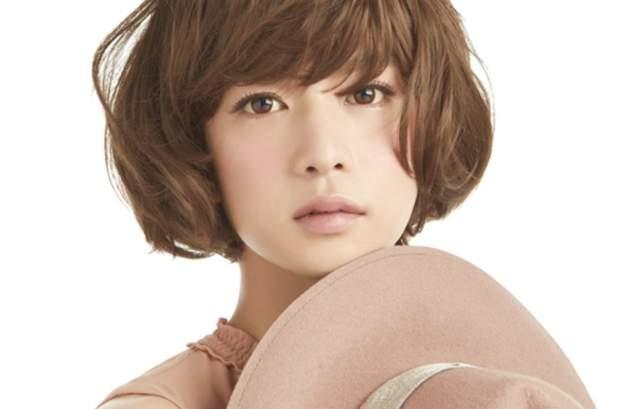 【手機聯誼APP推薦】日本男星認真扮女裝的結果  雖然很正但還是立刻被猜出身份