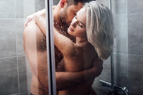 【手機交友APP推薦】浴室的激情戰鬥(上)
