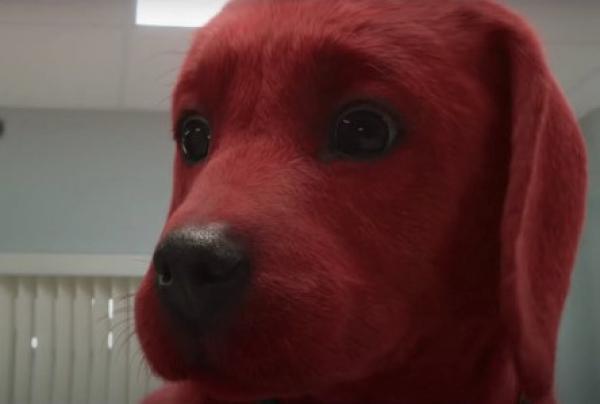 【手機交友APP推薦】超可愛小獵犬一夜變3公尺高! 《大紅狗克里弗》萌到觀眾狂喊想養